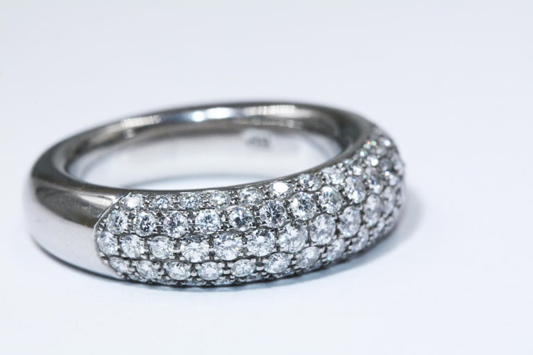 Chopard White Gold Diamonds Ring In Excellent Condition For Sale In New York, NY