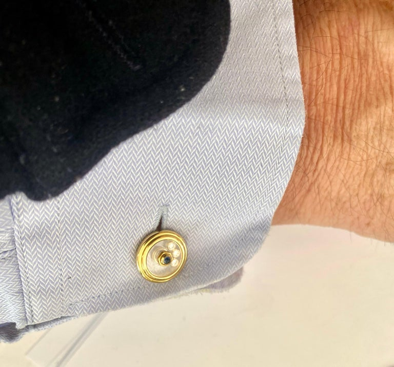 Chopard, Yellow Gold Cufflinks, Happy Diamonds, Sapphire and Diamonds In New Condition For Sale In Heerlen, NL