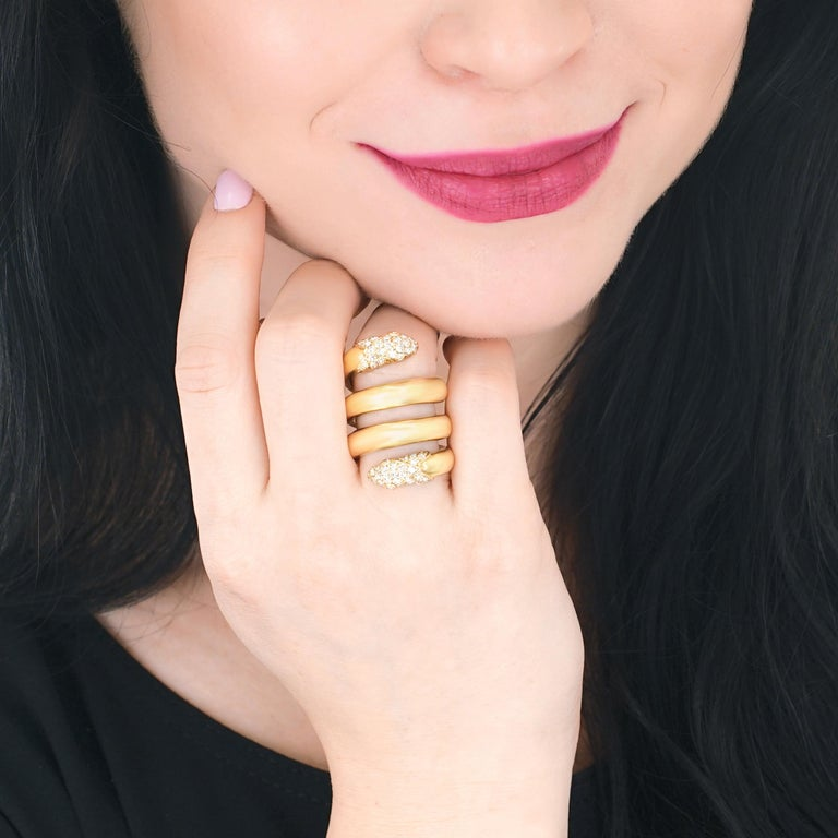Christian Dior 1960s Diamond Set Gold Snake Ring In Excellent Condition For Sale In Litchfield, CT