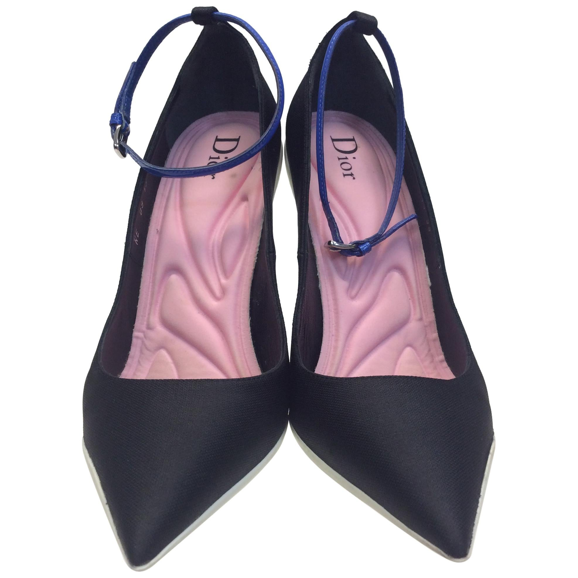 aa1092aa716a2 Vintage Christian Dior Shoes - 86 For Sale at 1stdibs