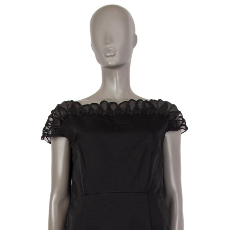 CHRISTIAN DIOR black wool & silk EMBROIDERED Cocktail Dress 44 XL In Excellent Condition For Sale In Zürich, CH