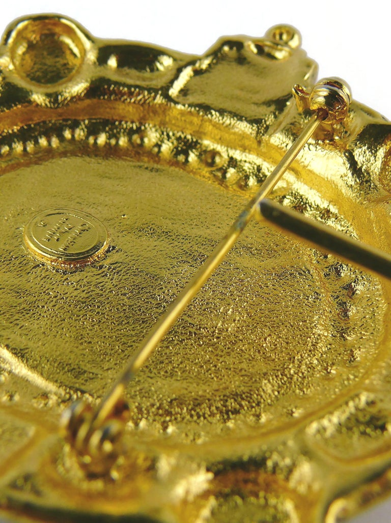Christian Dior Boutique Vintage Massive Brooch Pendant For Sale 7