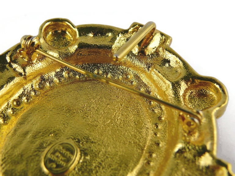 Christian Dior Boutique Vintage Massive Brooch Pendant For Sale 6