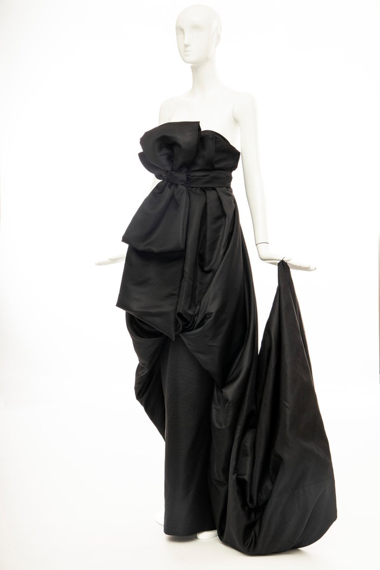 Christian Dior by Gianfranco Ferré Black Silk Strapless Gown, Circa: 1990's For Sale 7
