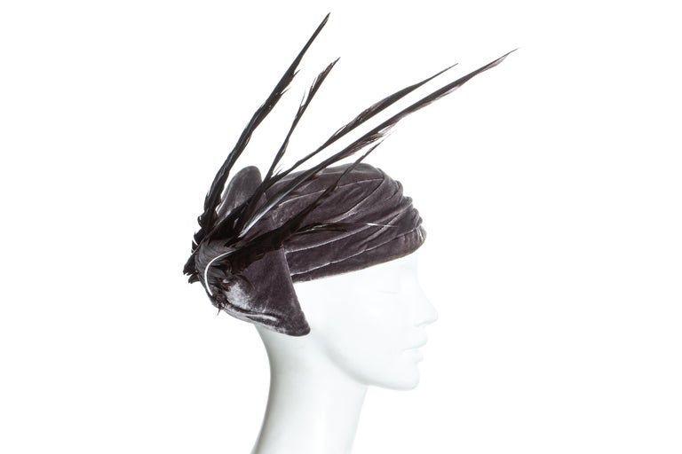Christian Dior by John Galliano purple velvet pill box hat with feathers In Good Condition For Sale In London, GB