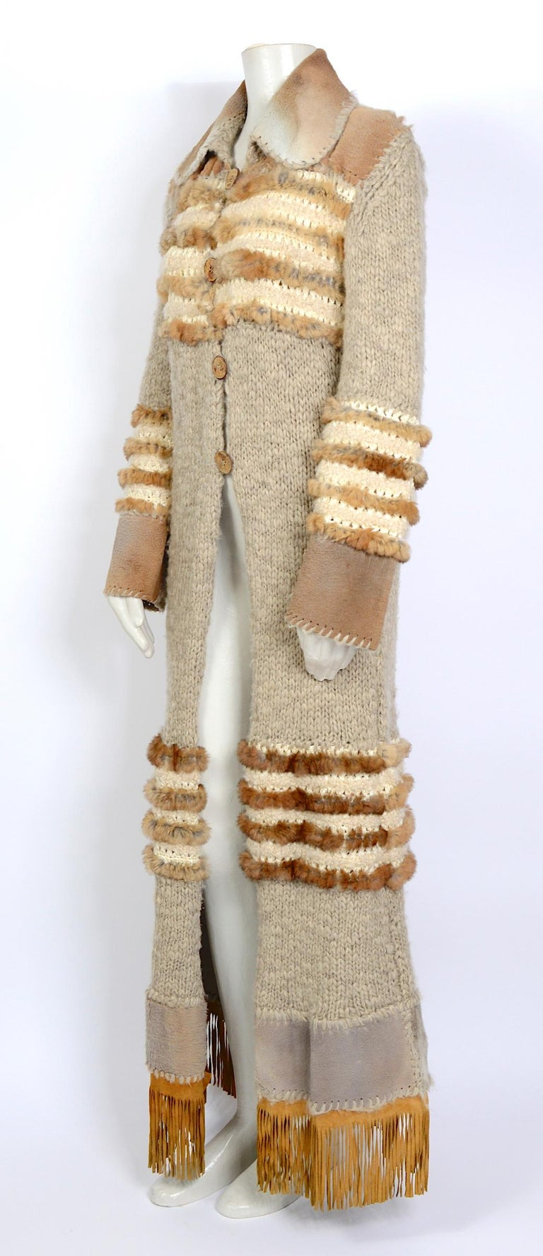 Christian Dior by John Galliano vintage fall 2000 yak cashmere knit and fur coat In Excellent Condition For Sale In Antwerp, BE