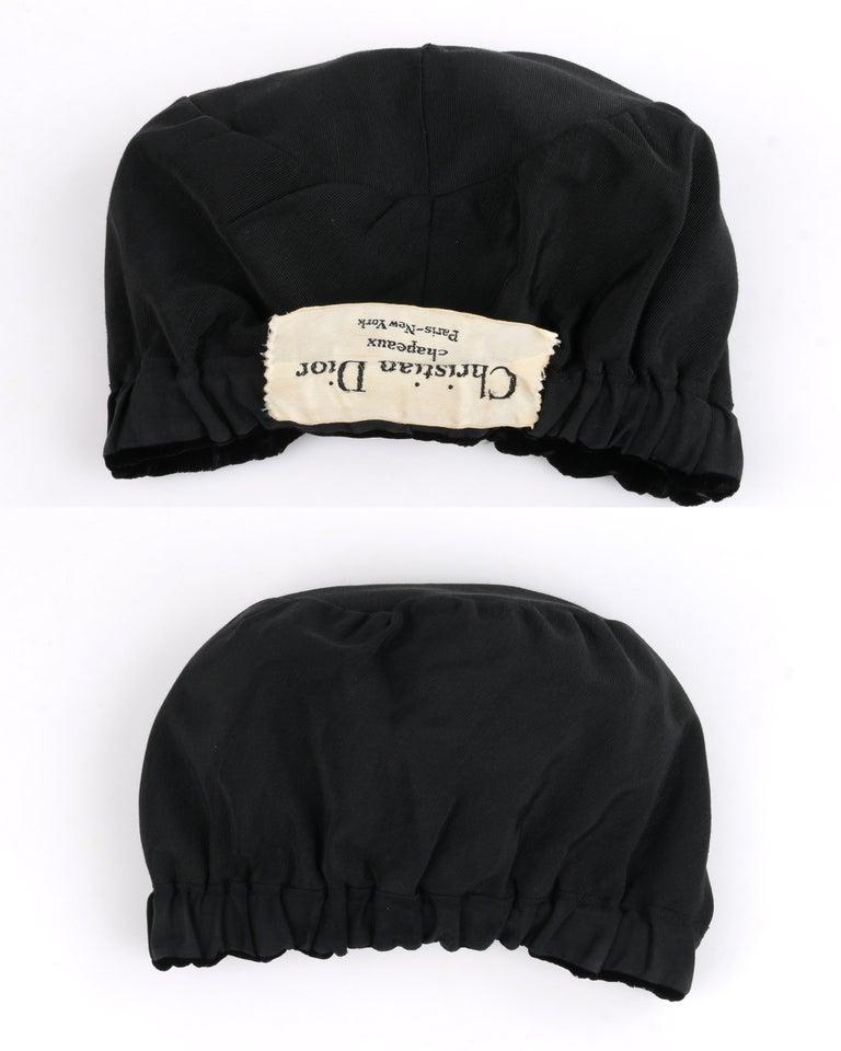 CHRISTIAN DIOR Chapeaux c.1960's Marc Bohan Black Gathered Velvet Beret Hat For Sale 4