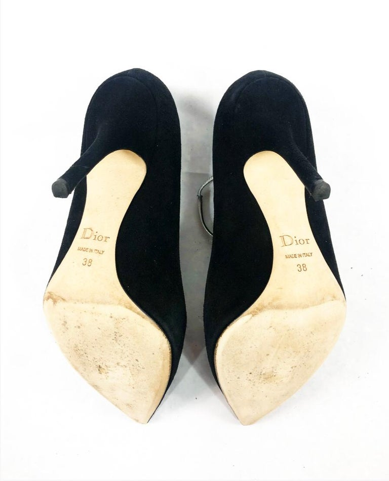 Christian Dior COQUETTE Pump 10mm Black Suede w/ Silver Leather Bow Size 38 For Sale 3