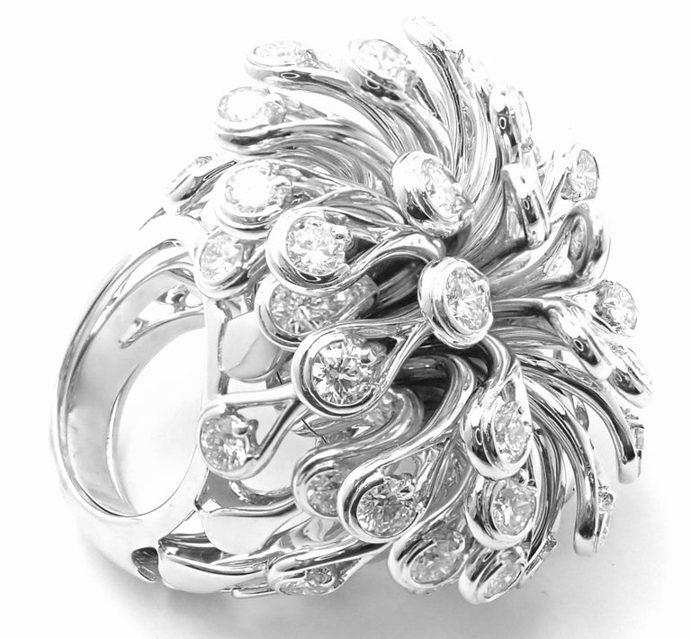 Christian Dior Diamond Large Flower White Gold Ring In Excellent Condition For Sale In Holland, PA