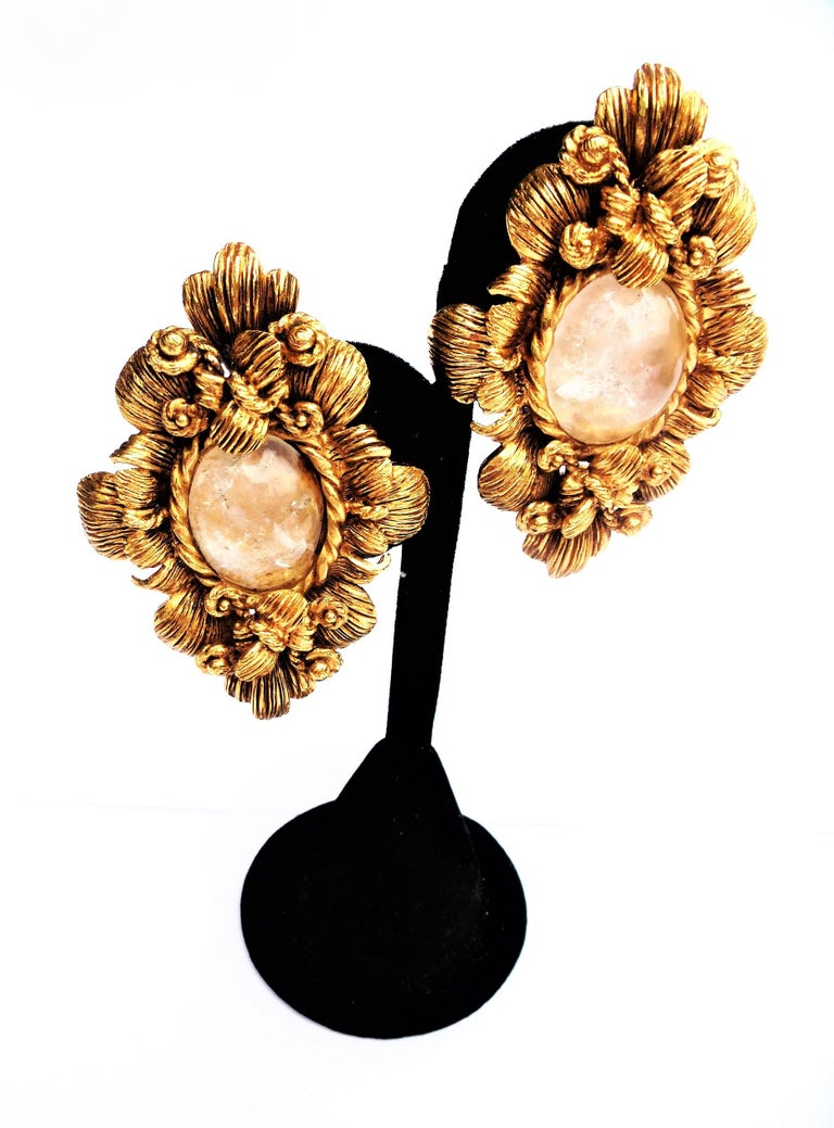 CHRISTIAN DIOR ear clips gold plated 2000s For Sale 2