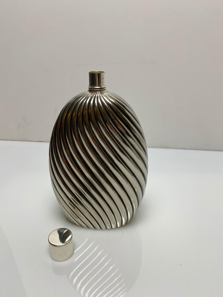 Christian Dior Flask In Good Condition For Sale In New York, NY