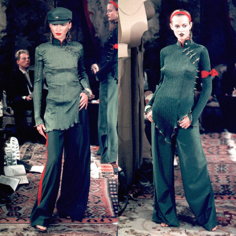 CHRISTIAN DIOR BY JOHN GALLIANO From the Spring Summer 1999 Collection Iconic yet controversial collection by John Galliano that was inspired by COmmunist Chinese Mao Zedong  Top: 100% silk. Pleated silk. Chinese stand collar with red piping.