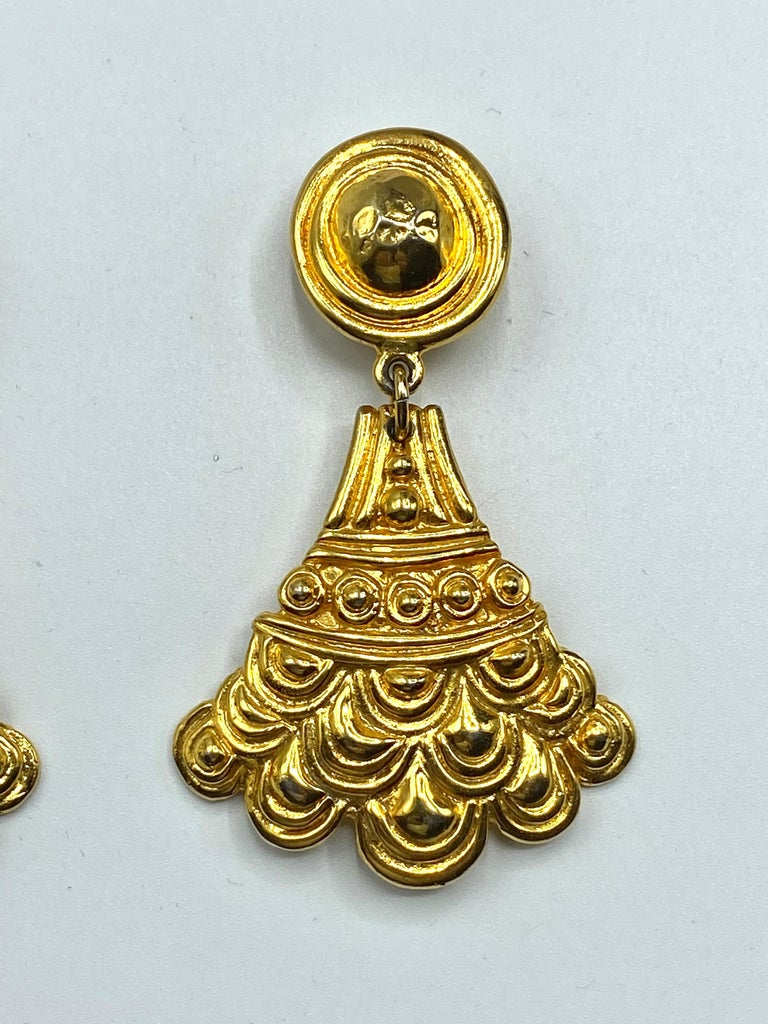 Christian Dior, Grosse Germany Etruscan Style Pendant Earrings from 1974 For Sale 1