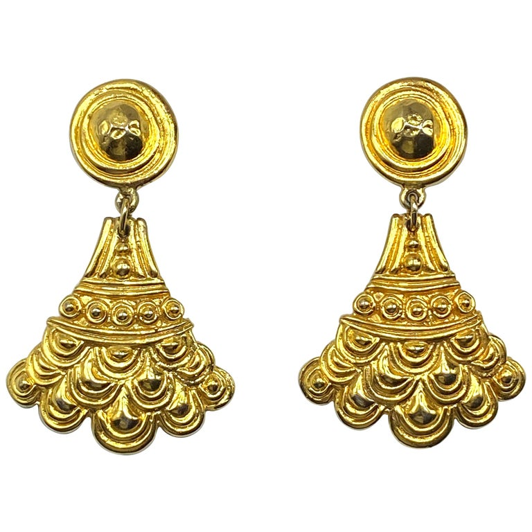 Christian Dior, Grosse Germany Etruscan Style Pendant Earrings from 1974 For Sale