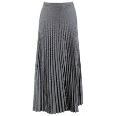 Christian Dior Houndstooth Pleated Skirt  36
