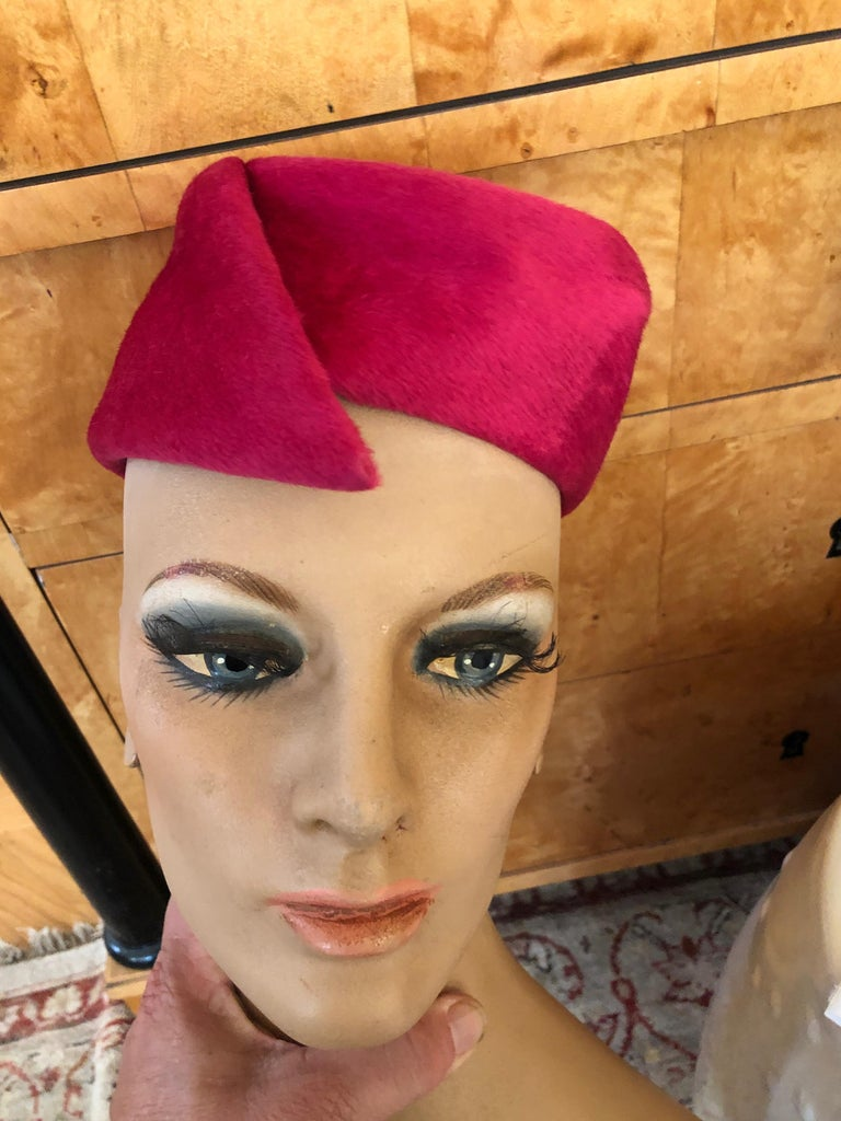 Christian Dior Jaunty Vintage 1960's Pillbox Hat for Miss Dior In excellent condition