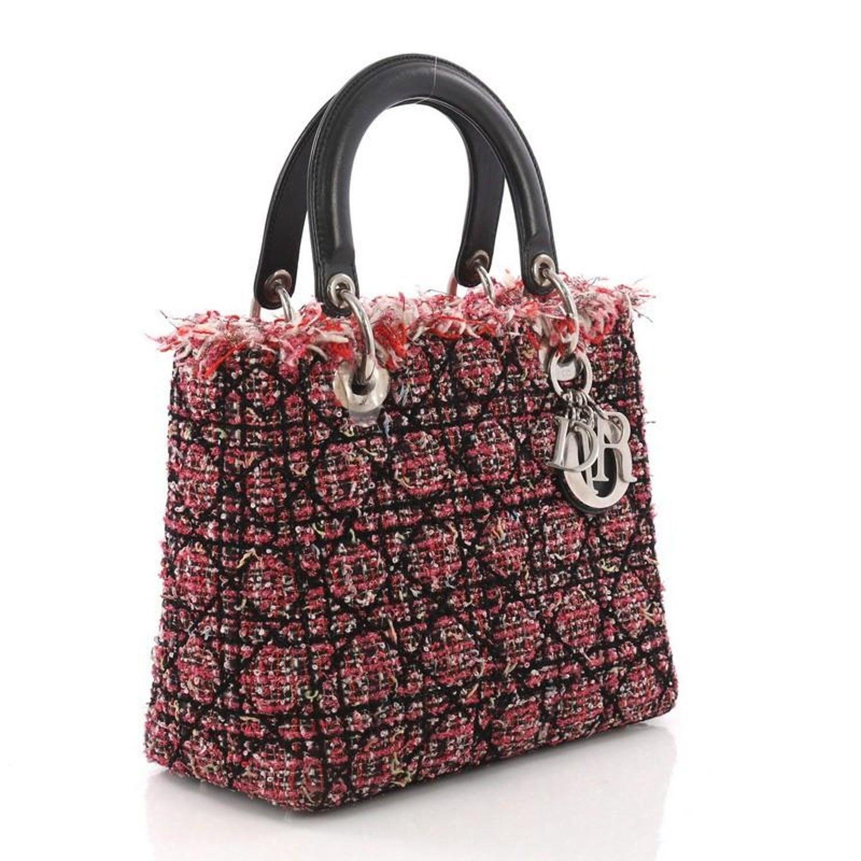 882c797fb3641 Christian Dior Lady Dior Handtasche Gesteppt mit Leder Medium bei 1stdibs