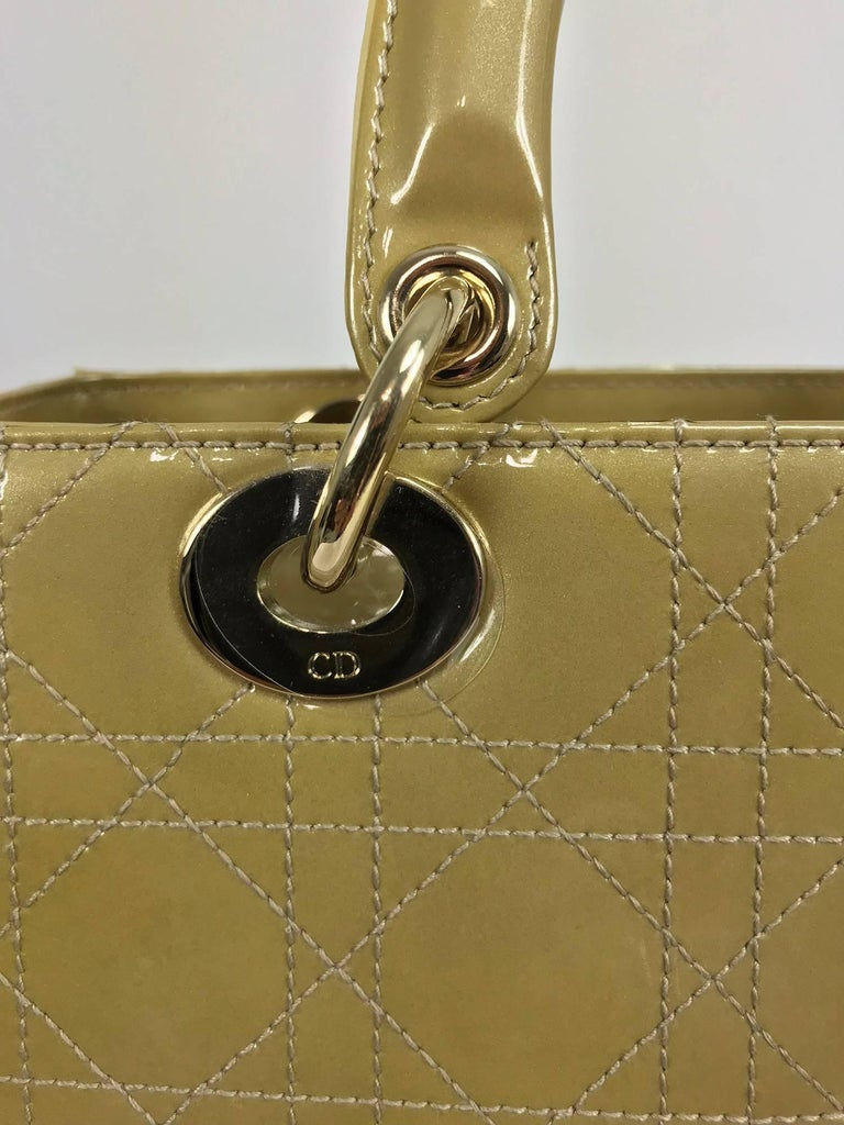 Christian Dior Lady Dior metallic golden handbag with gold hardware medium For Sale 3