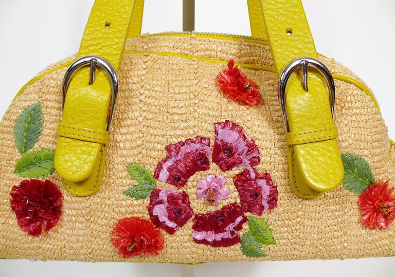 Christian Dior Limited Edition Raffia Flower Bowler Handbag In Excellent Condition For Sale In Nice, FR