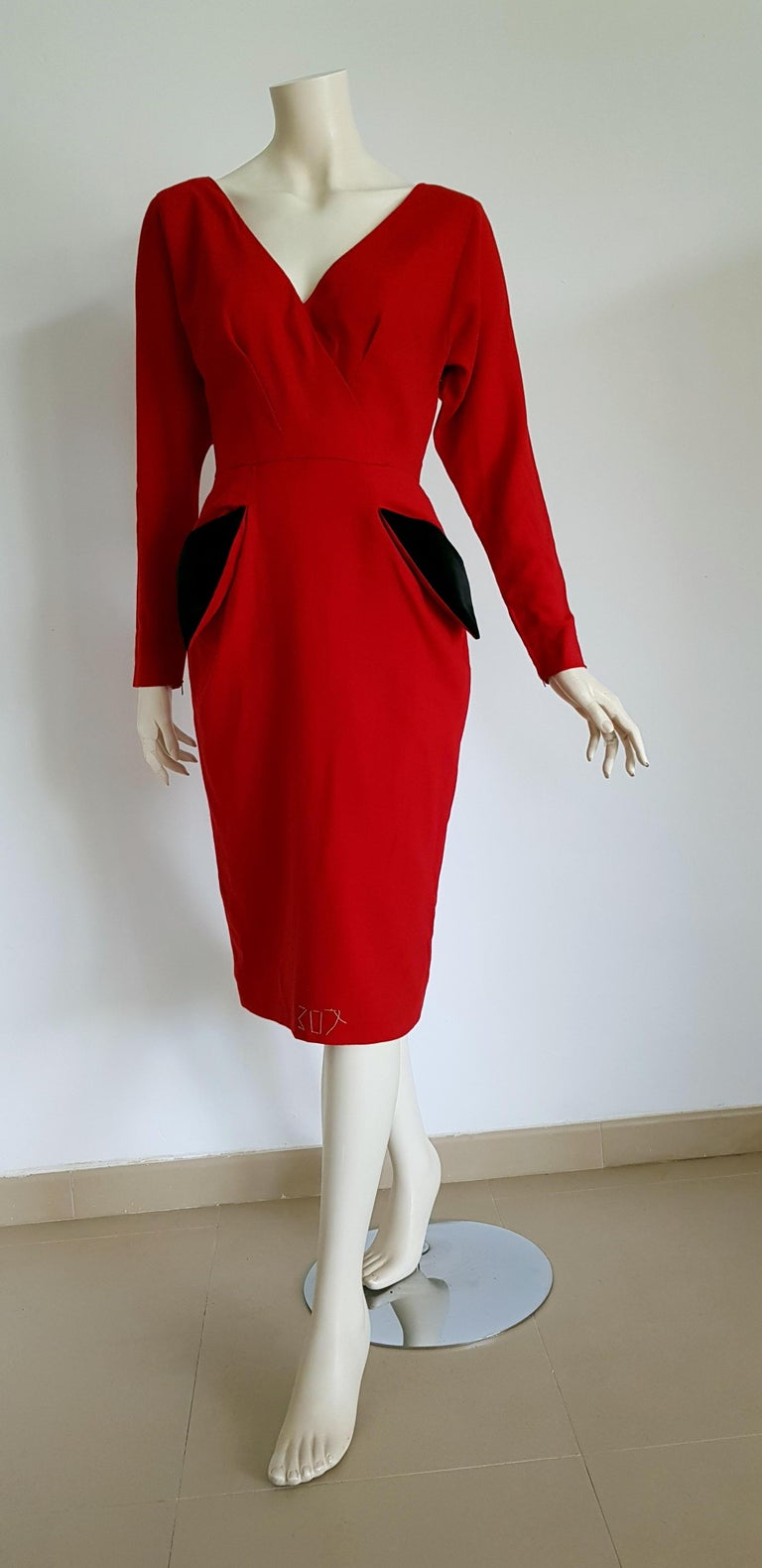Christian DIOR Couture Red Black pokets Buttons Wool Cotton Dress - Unworn, New.  SIZE: equivalent to about Small / Medium, please review approx measurements as follows in cm: lenght 110, chest underarm to underarm 52, bust circumference 88,