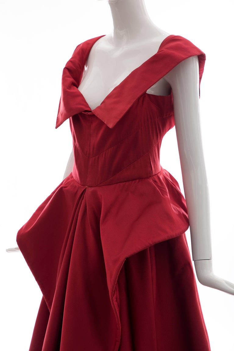 Christian Dior New York Demi Couture Silk Scarlet Evening Dress, Circa 1950s For Sale 5