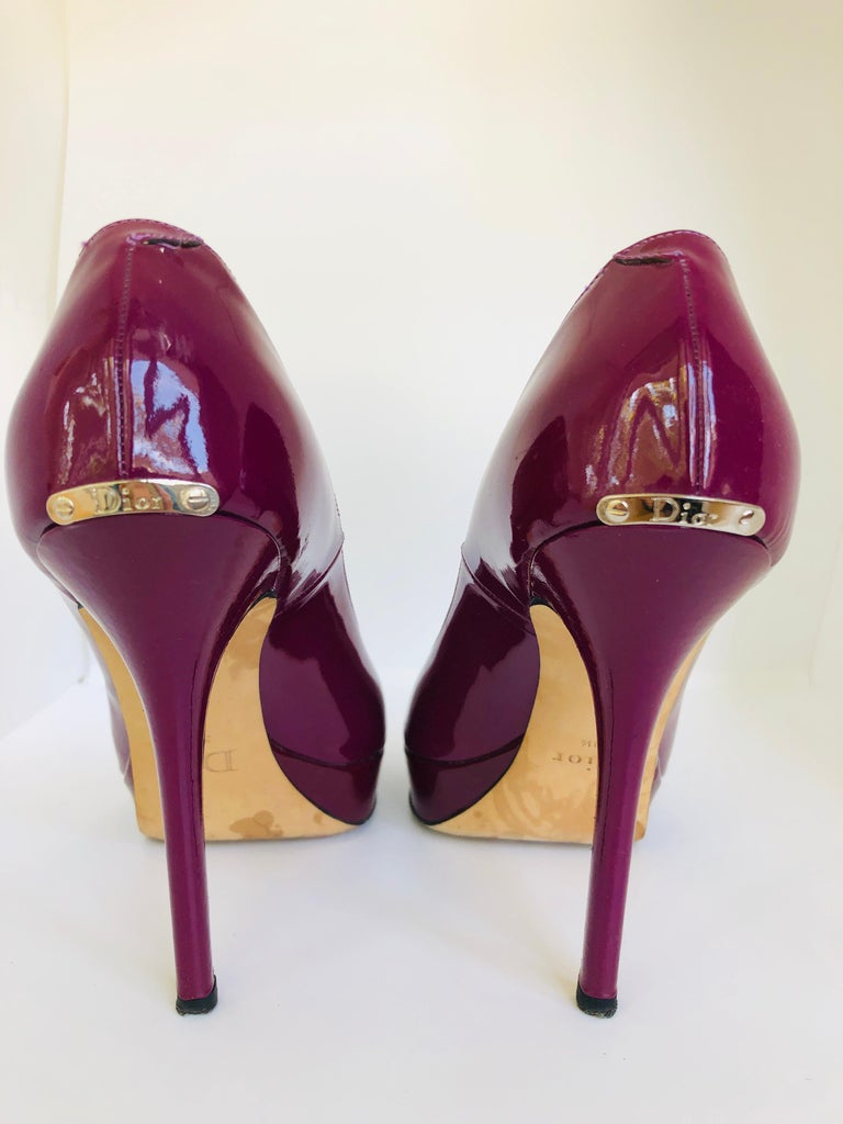 Christian Dior Pink/ Purple Berry Patent Leather Platform & Peep Toe Pumps For Sale 7