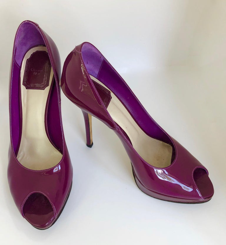 Christian Dior Pink/ Purple Berry Patent Leather Platform & Peep Toe Pumps In Good Condition For Sale In Houston, TX