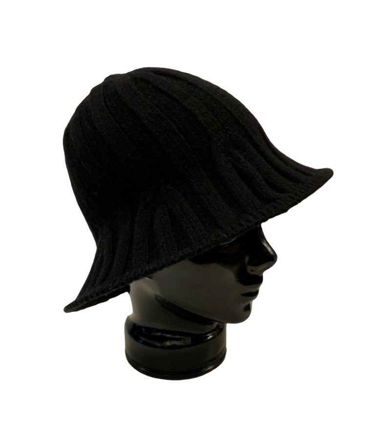 Black Christian Dior Pre-Fall 2019 Arty Heather Knit Tulip Hat For Sale