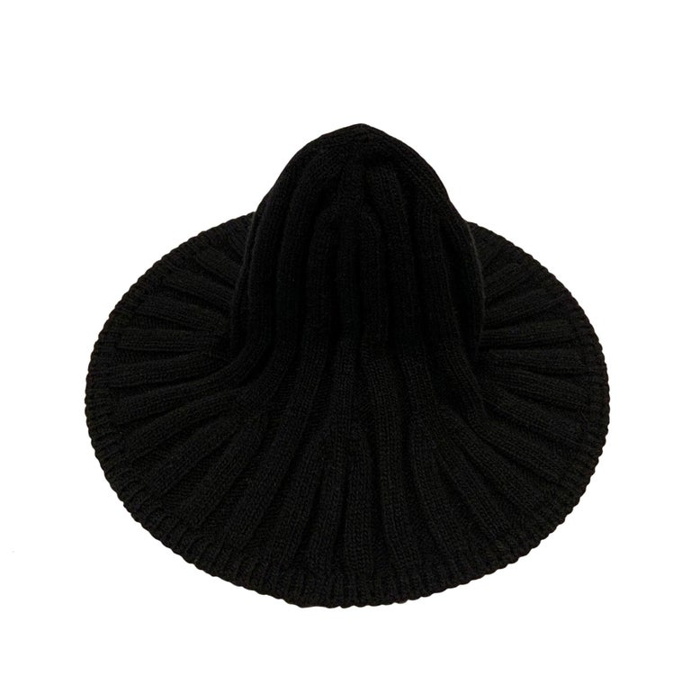 Christian Dior Pre-Fall 2019 Arty Heather Knit Tulip Hat For Sale 1