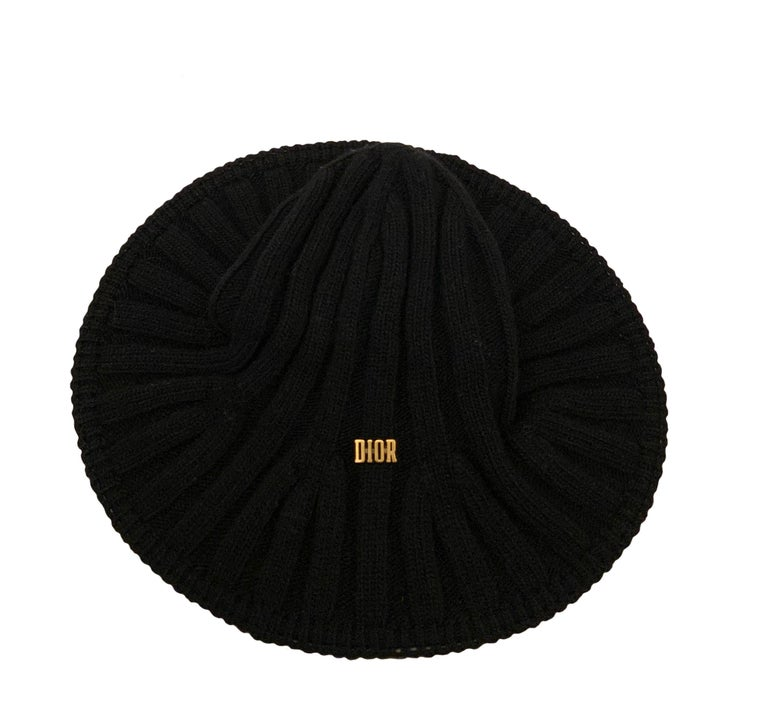 Christian Dior Pre-Fall 2019 Arty Heather Knit Tulip Hat For Sale 2