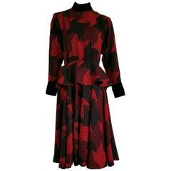 Christian DIOR red black wool dress with velvet cuffs collar, Dior belt - Unworn