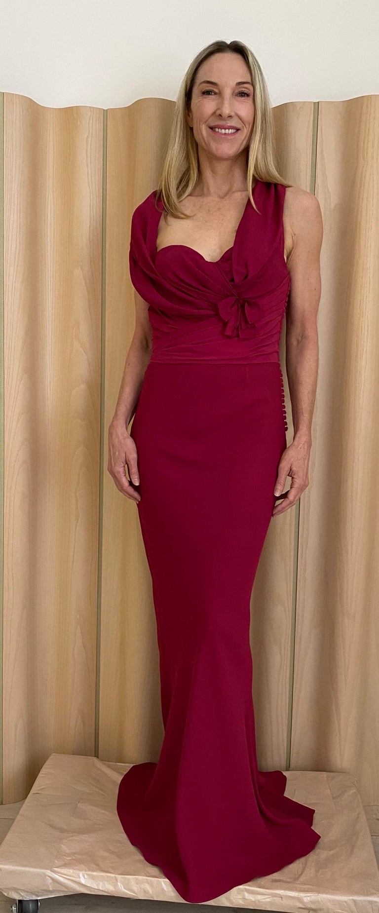 Christian Dior Red Pink Gown In Excellent Condition For Sale In Beverly Hills, CA
