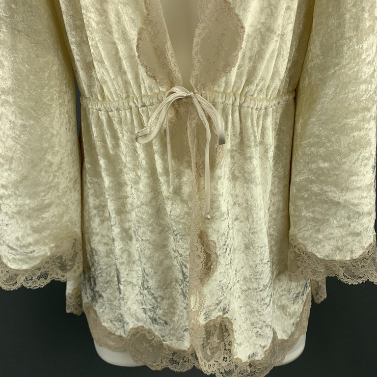 CHRISTIAN DIOR Size M Cream Crushed Velvet Lce Trim Cropped Robe Top In Good Condition For Sale In San Francisco, CA