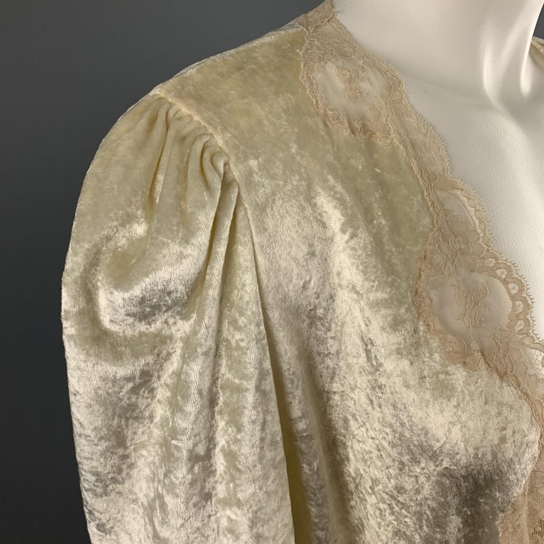 Women's CHRISTIAN DIOR Size M Cream Crushed Velvet Lce Trim Cropped Robe Top For Sale