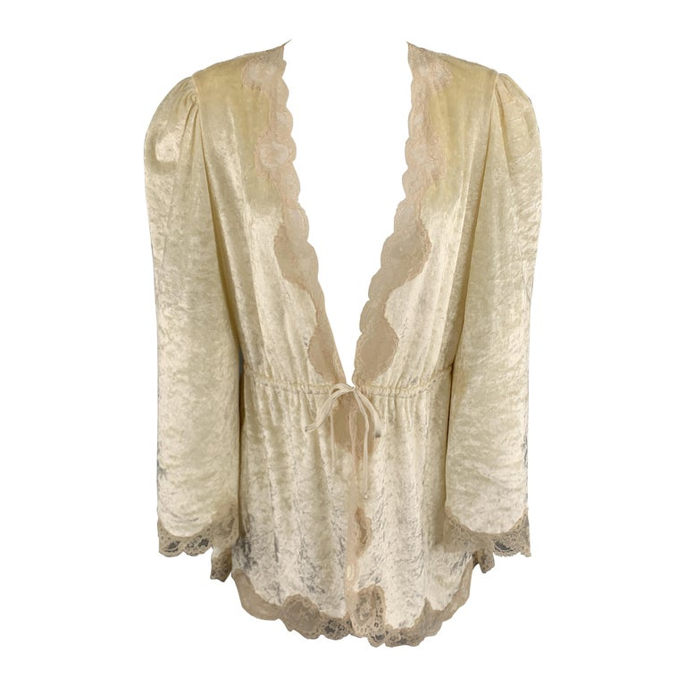 CHRISTIAN DIOR Size M Cream Crushed Velvet Lce Trim Cropped Robe Top For Sale
