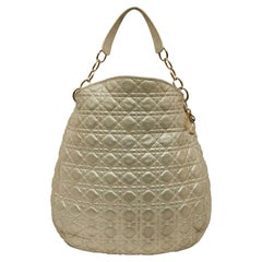 CHRISTIAN DIOR Tote Bag in Quilted Golden Fabric