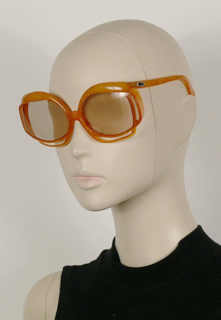 Christian Dior Vintage Oversized Sunglasses Model 2026-30 For Sale 2