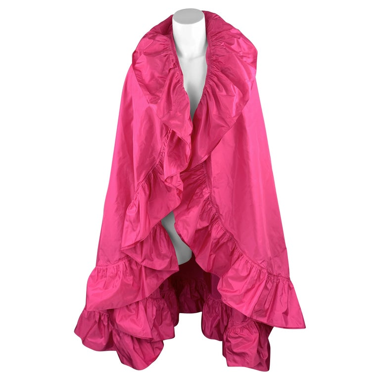 CHRISTIAN DIOR Vintage Pink Silk Taffeta Pleated Ruffle Shawl For Sale