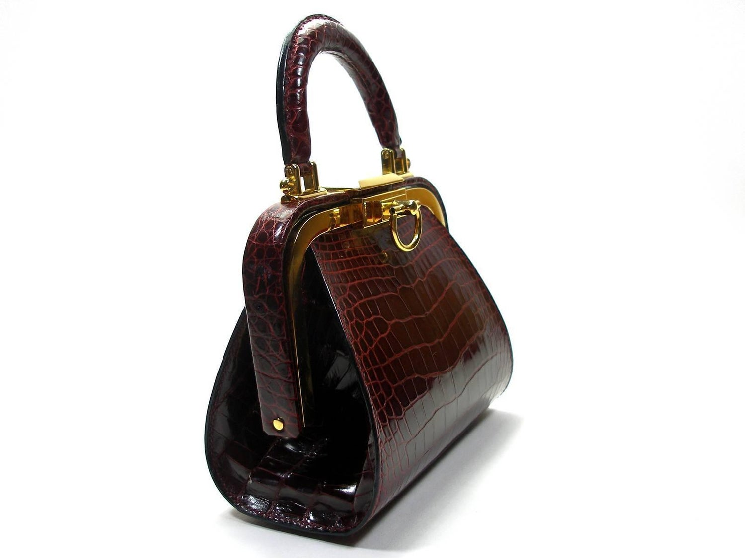 Christian Dior Vintage Rare Doctor Style Micro Handbag in Alligator Leather  For Sale at 1stdibs 82ac4b9d7c894