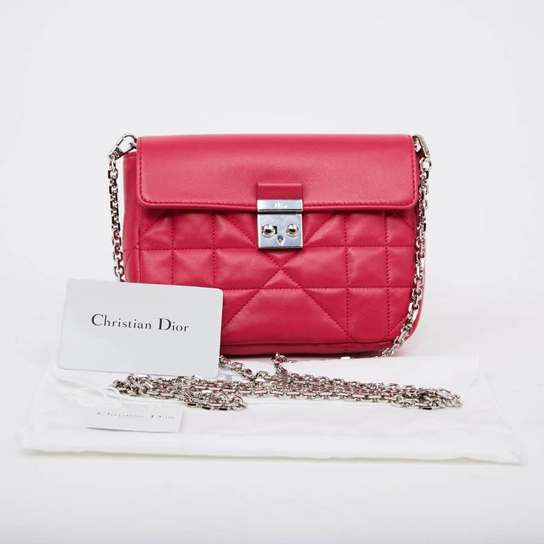 b6c24893af CHRISTIAN DIOR Wallet On Chain Miss Dior Bag in Quilted Soft Pink Leather  In Good Condition