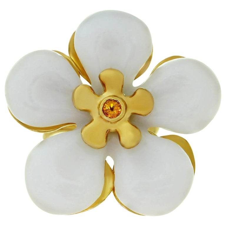 Christian Dior White Jade Sapphire Yellow Gold Flower Ring For Sale