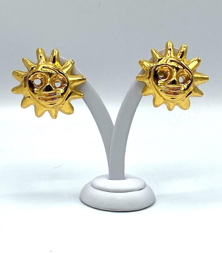 Christian Lacroix 1990s Iconic Sun Face Large Earrings In Excellent Condition For Sale In New York, NY