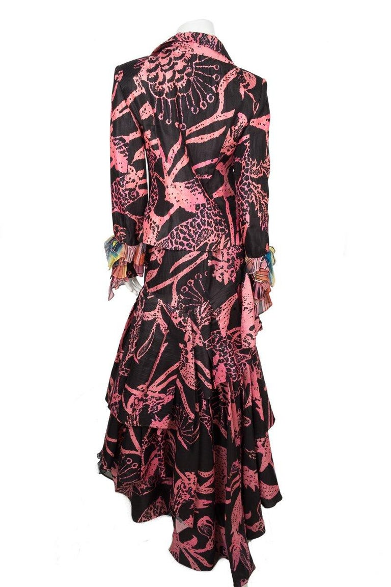 CHRISTIAN LACROIX  Black and Pink Vintage Abstract Skirt  In Good Condition For Sale In Scottsdale, AZ