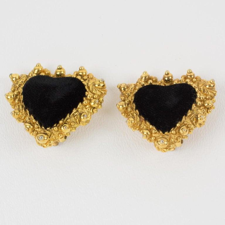 Christian Lacroix Heart Clip Earrings Black Velvet In Good Condition For Sale In Atlanta, GA