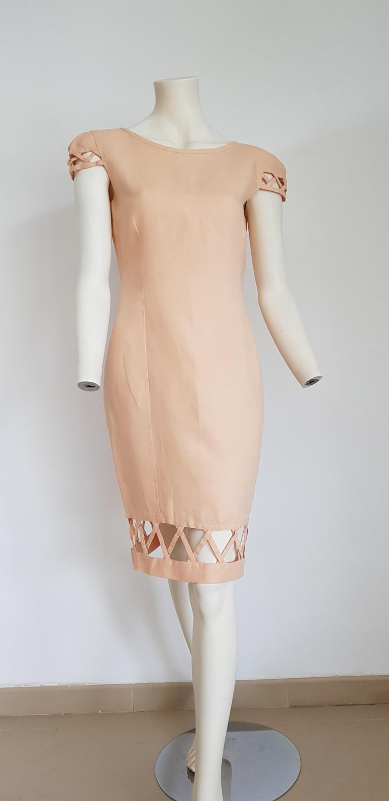 Christian LACROIX Haute Couture Irish linen with perforated edges, short sleeve, light salmon color dress - Unworn, New.  SIZE: equivalent to about Small / Medium, please review approx measurements as follows in cm: lenght 98, chest underarm to