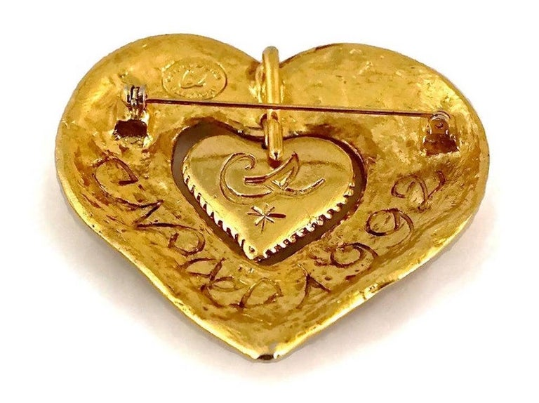 CHRISTIAN LACROIX NOEL 1992 Limited Edition Heart Brooch Pendant Necklace For Sale 5