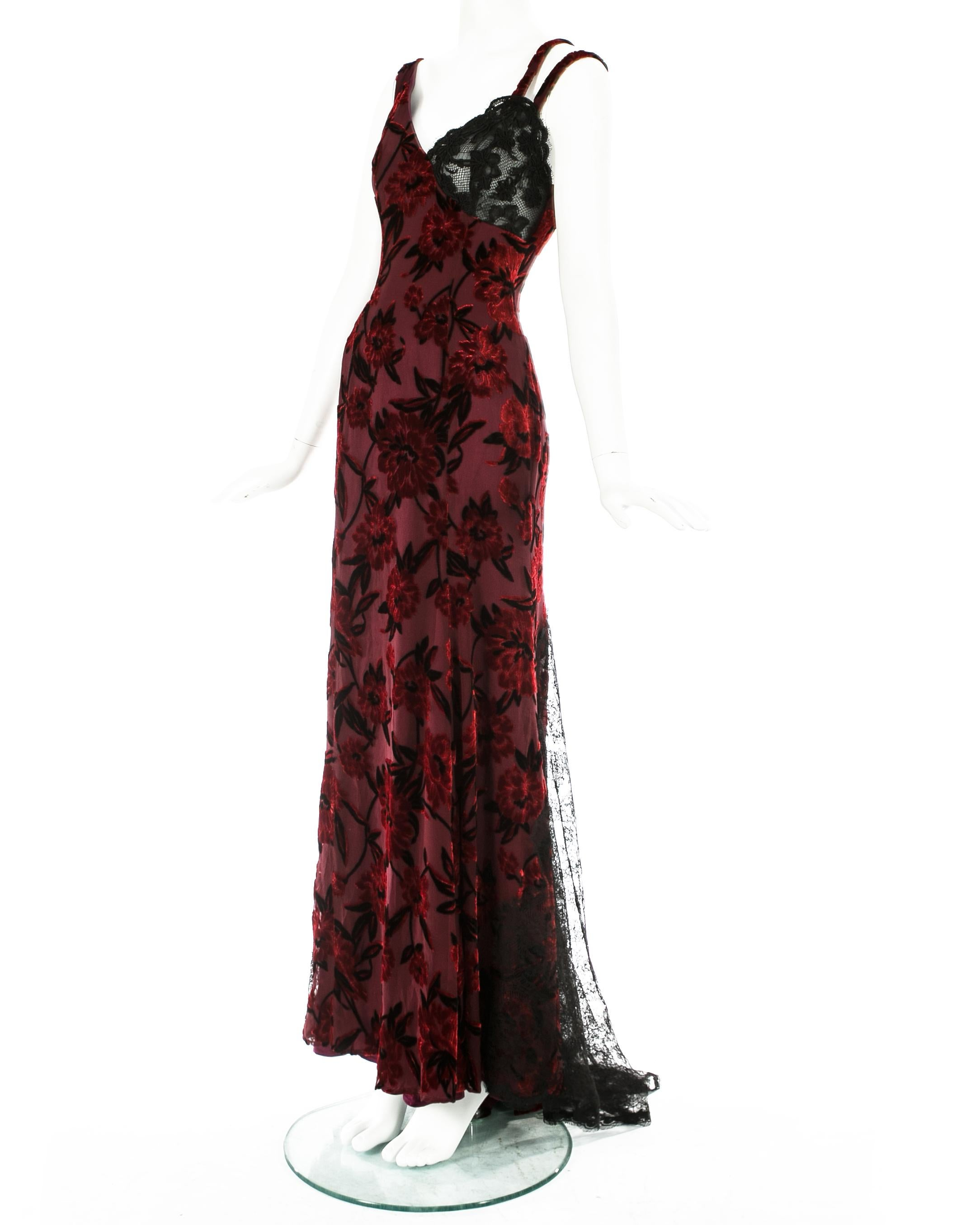 Red and Black Lace Dress,Black Silk Gown,Black Lace Cocktail Dress,Black Lace Evening Dresses,Black Silk Gown,Red and Black Dress,red silk dress,red and black dress,red and black dress,