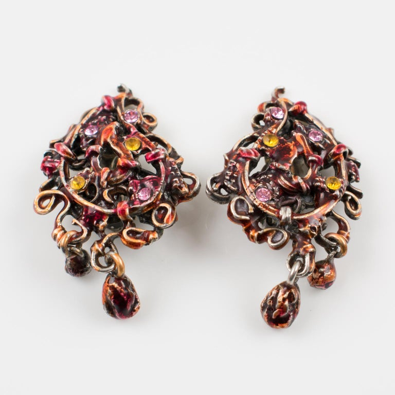 Christian Lacroix Red Enamel Dangle Clip Earrings In Excellent Condition For Sale In Atlanta, GA