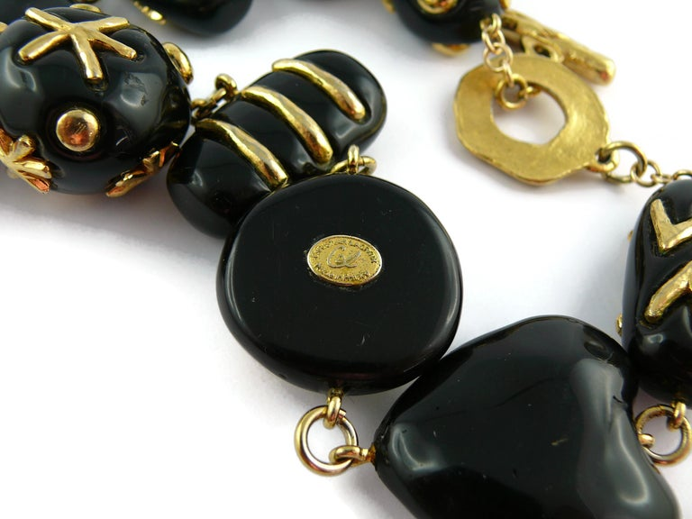 Christian Lacroix Vintage Gold Toned and Black Resin Links Necklace For Sale 10