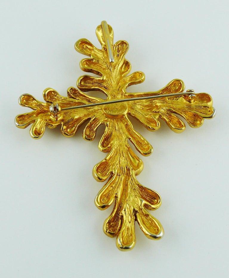 Christian Lacroix Vintage Gold Toned Cross Pendant Necklace For Sale 7